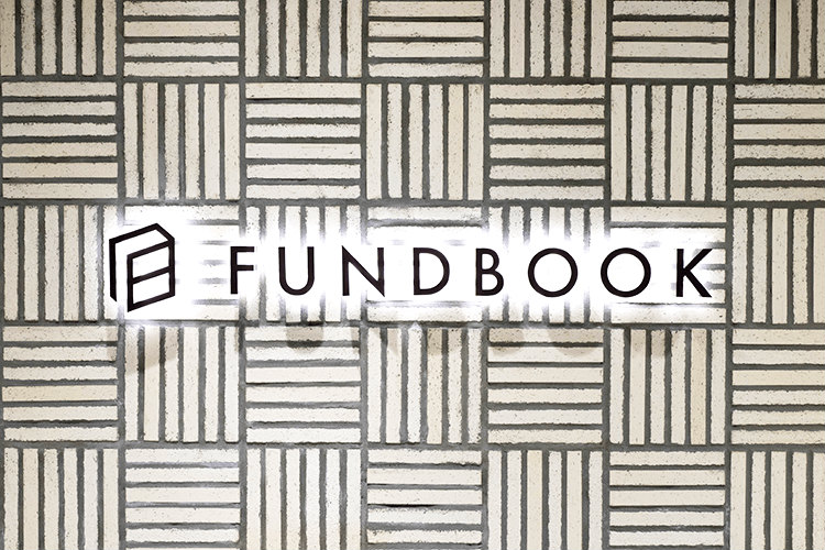 ファンドブックのロゴ
